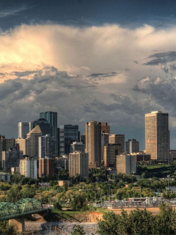 Alberta, Edmonton