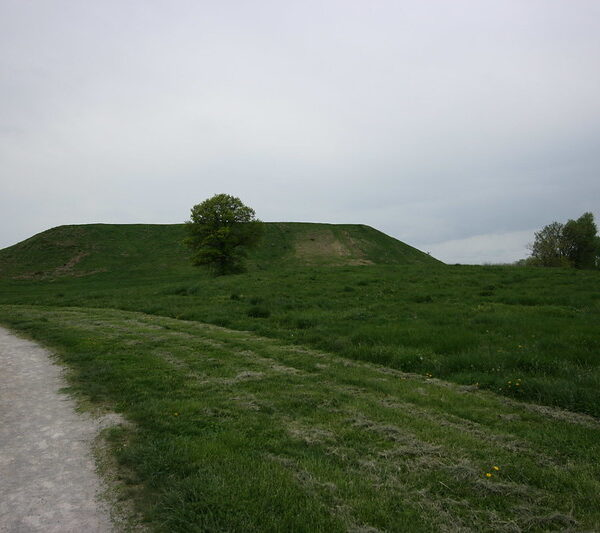 What is the secret of this lost city (Cahokia)?