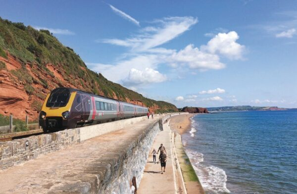 5 scenic rail journeys in Great Britain that you must not miss