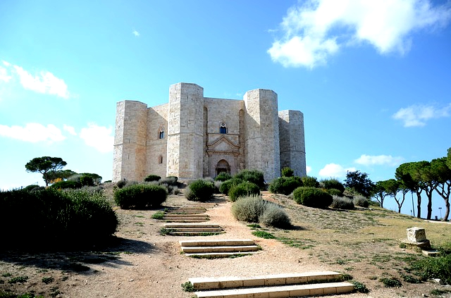 A castle with amazing architecture in Italy, the castle of Del Monte
