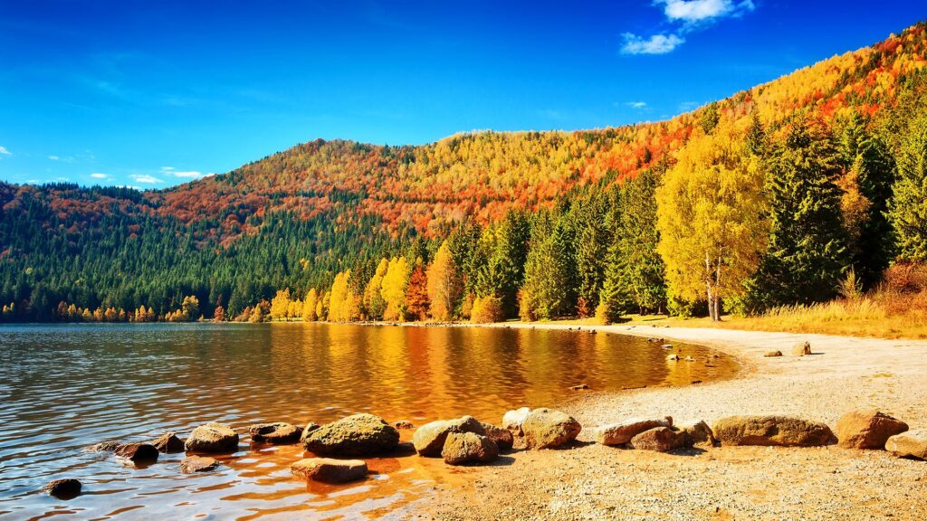 10 dream places to watch fall