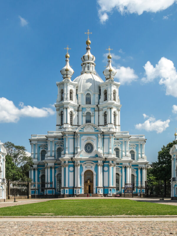 The most beautiful churches in St. Petersburg